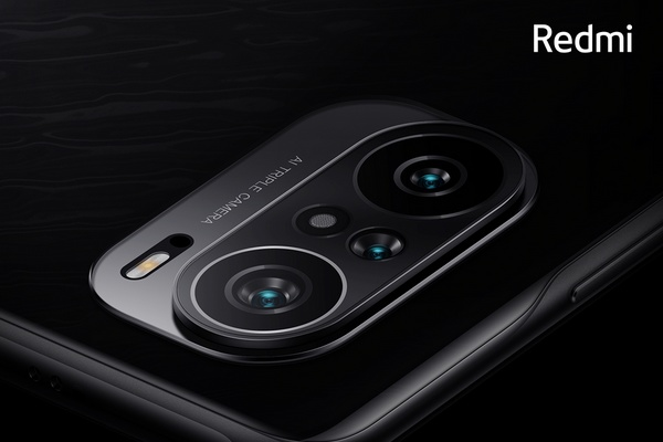 Redmi K40 cameras can be seen on an official media poster