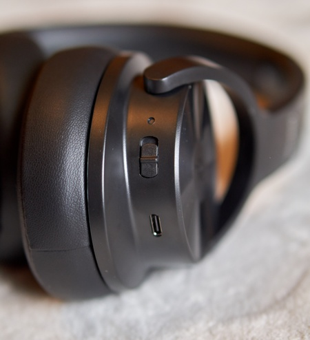 OneOdio A30 Review - Left